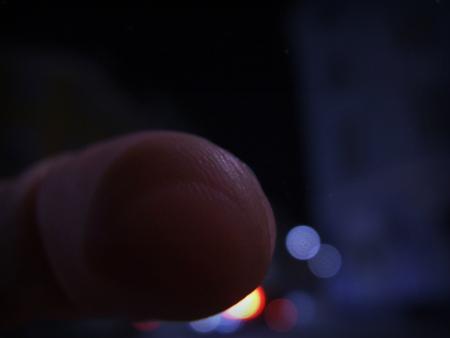 touching_light